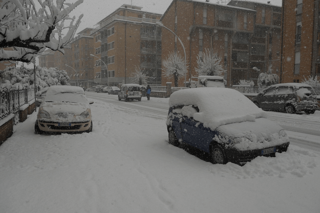 cars-outside-in-snow